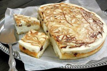 Такое пирожное с творожной начинкой подходит даже на праздничные чаепития